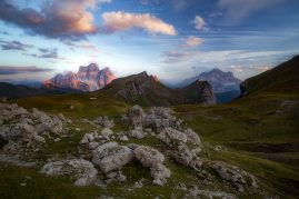 Monte Pelmo (3 168 m) & Monte Civetta (3 220 m) Dolomity, Taliansko