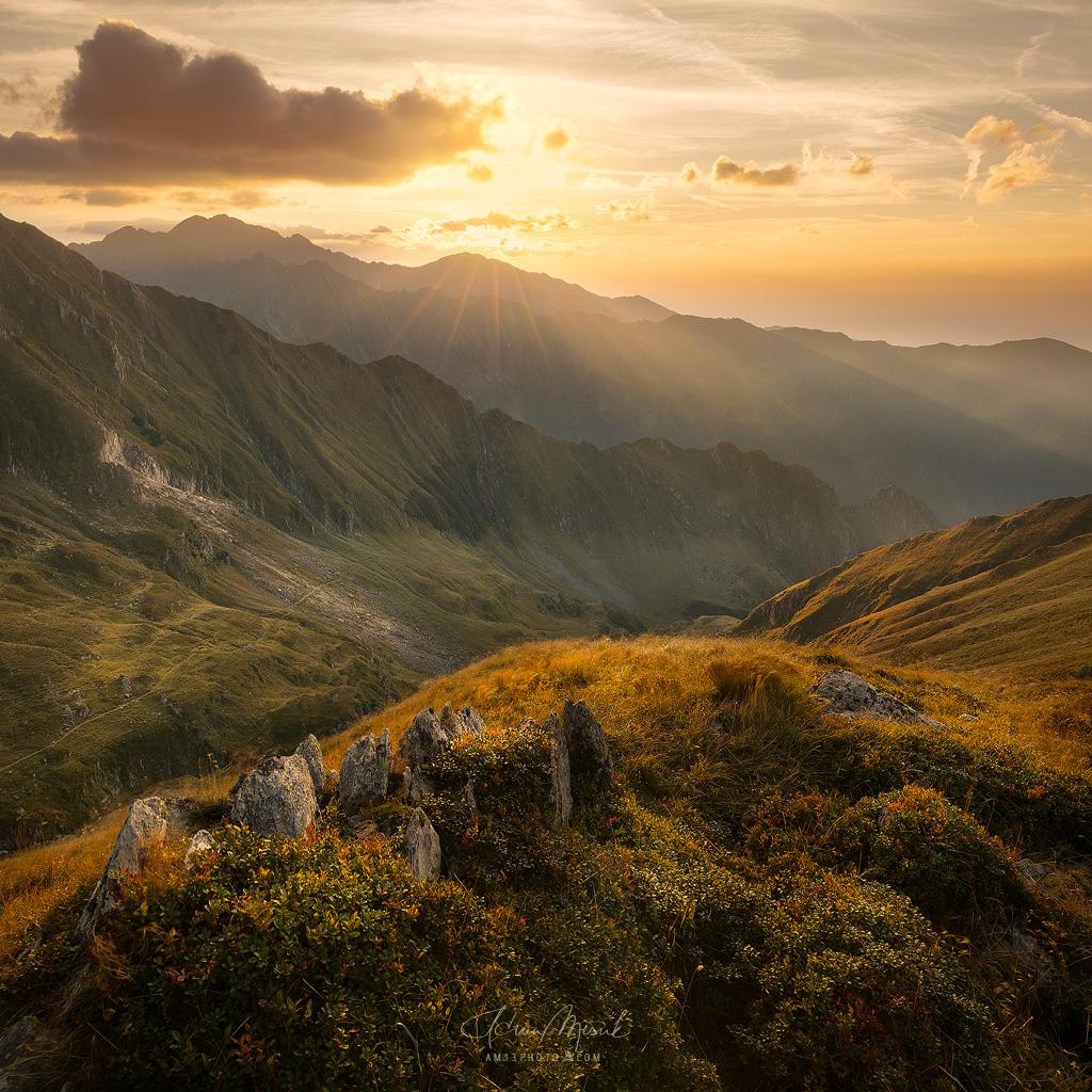 Pod vrcholom Preluncile (2236 m)