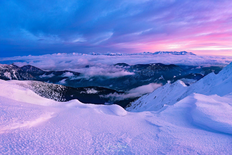 Pohľad na Liptov a hrebeň Vysokých Tatier