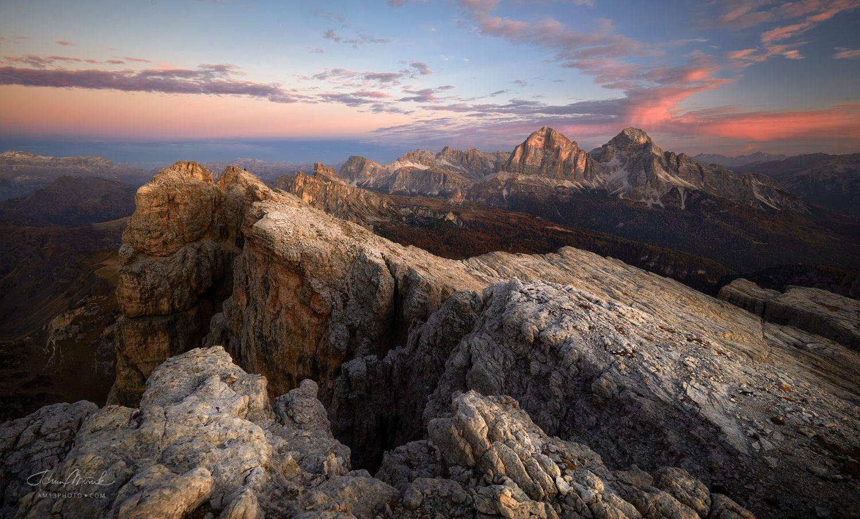 Tofana di Rozes (3 225 m. n. m.), Tofana di Mezzo (3 244 m n. m.)