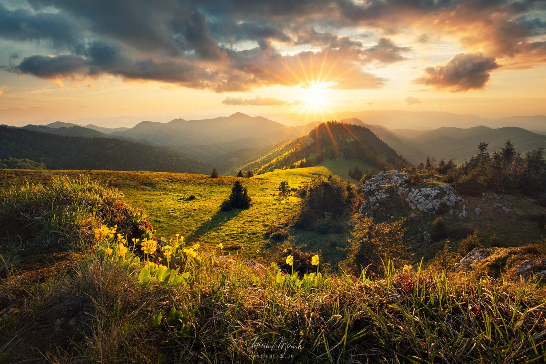 Jarný západ slnka vo Veľkej Fatre