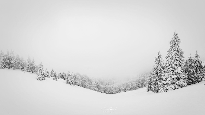 Veľká Fatra v hmle, minimal